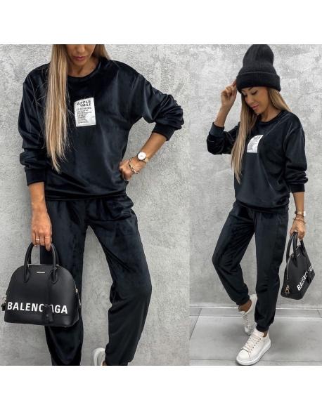 Велюровый спортивный костюм черный 24317